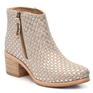 Anthro Kelsi Dagger Boots